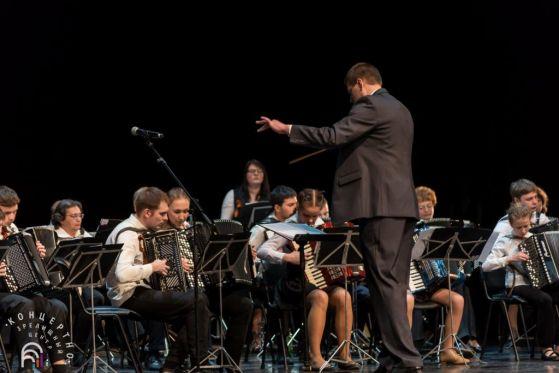 Сводный оркестр по управлением Николая Шабалкина